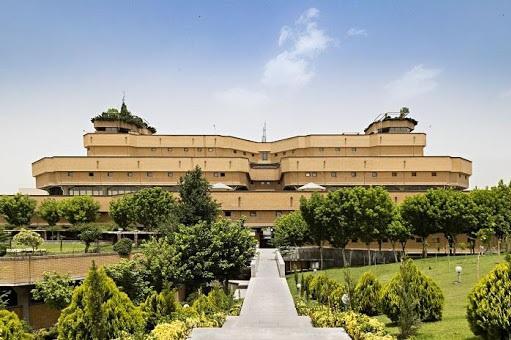 396 عنوان پایاننامه با موضوع امام حسین (ع) در کتابخانه ملی